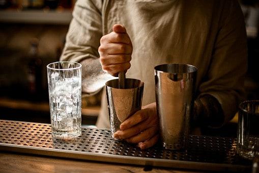 Glace pilée au pilon à cocktail