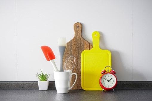 Planche à découper en bois et plastique