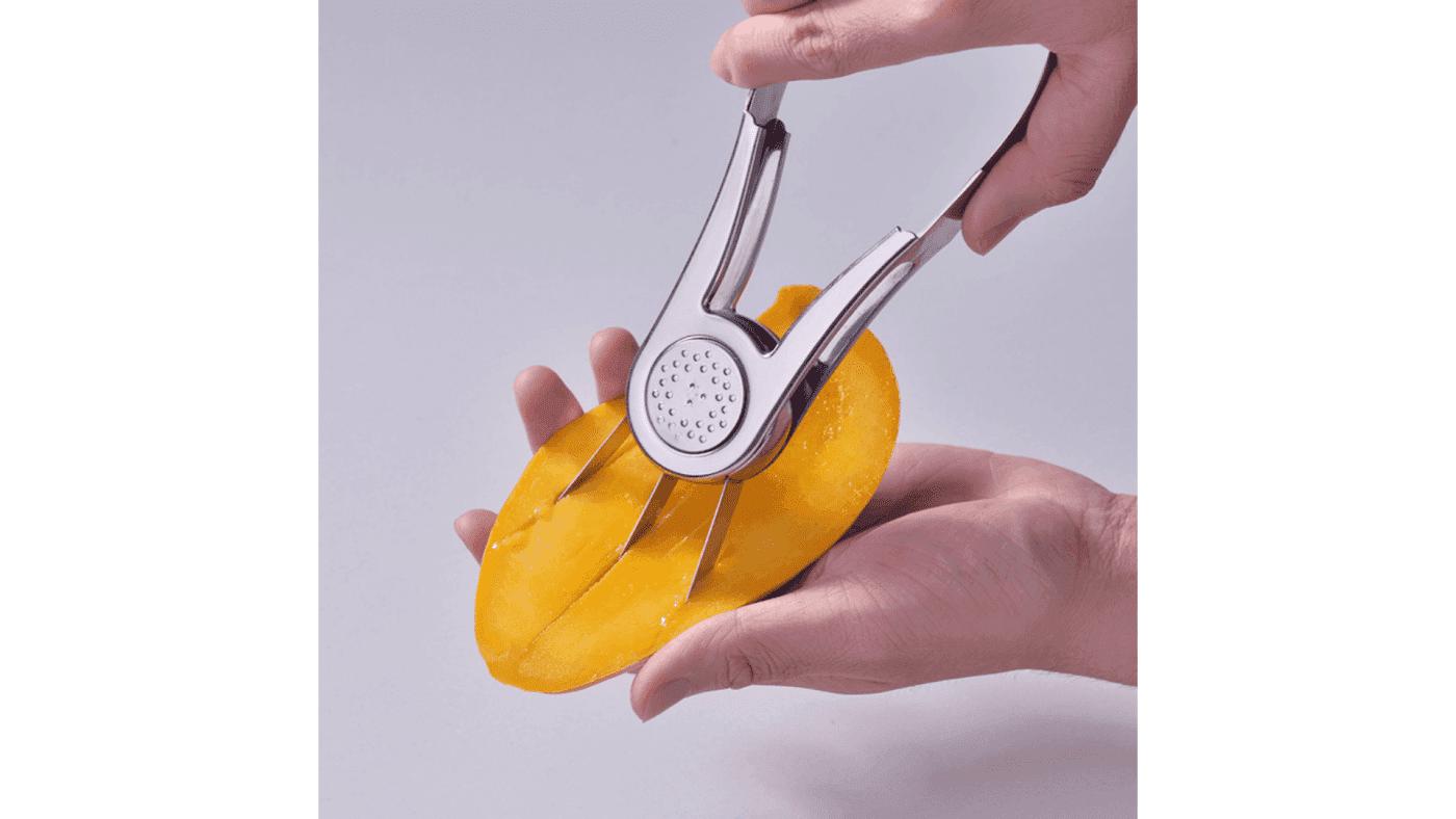 Éplucheur de chair à mangue