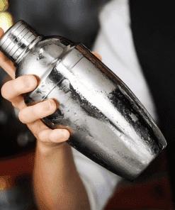Shaker à cocktail de barman